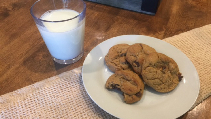 Chocolate Chip Cookies You Can Bake Now and Freeze For Later