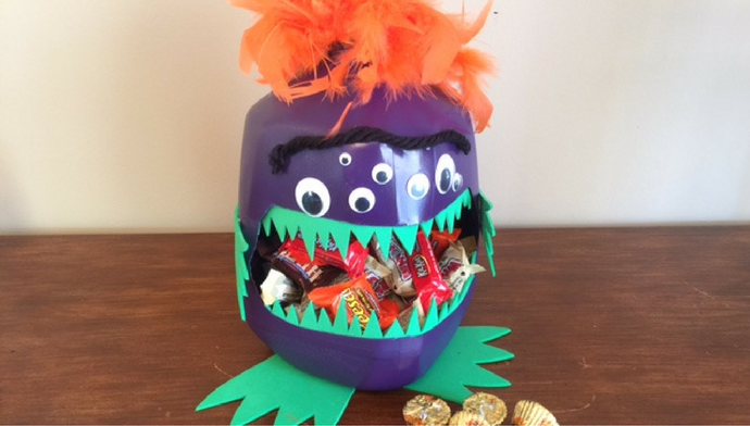 ghoulishly-cute-monster-candy-holder
