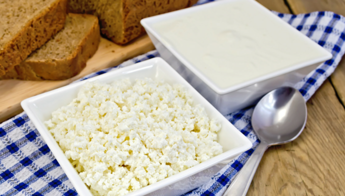 Lifehack Extending the Shelf Life of Cottage Cheese and Sour Cream