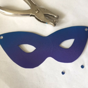 Mardi Gras Mask Step 3