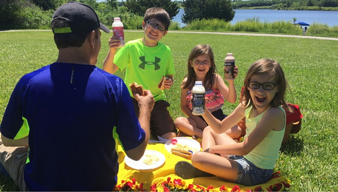 Picnic in the Park with Hiland Dairy