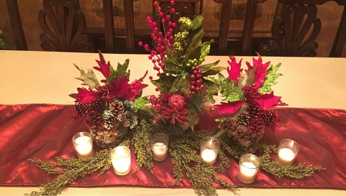 Rock Solid Holiday Centerpiece